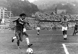 Stefano Borgonovo in azione con la maglia del Como