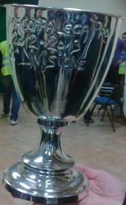 La Supercoppa Lega Pro 2 Divisione mostrata da un dirigente (Miccio/TuttoCalciatori)