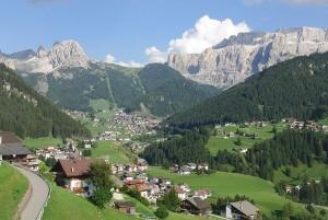 Gli splendidi scenari del Trentino, sede dei ritiri estivi di molti club professionistici italiani