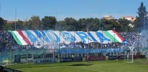 I tifosi della Fidelis Andria (foto: andrialive.it)
