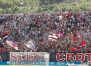 I tifosi del Crotone (foto: crotonesport)