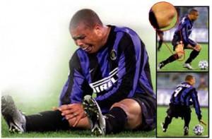 Il momento della rottura del tendine rotuleo di Ronaldo