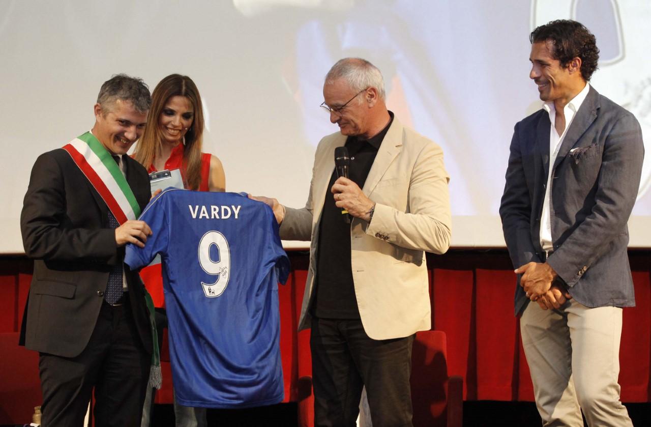 Claudio Ranieri premiato (foto: paolo lazzeroni)