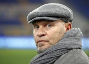 epa02619317 US Palermo head coach Serse Cosmi is seen during the Italian Serie A soccer match against SS Lazio at the Olympic stadium in Rome, Italy, 06 March 2011. Lazio won 2-0.  EPA/ALESSANDRO DI MEO