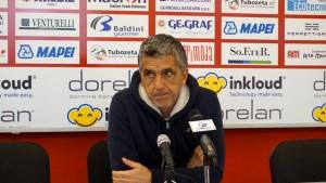il mister del Forlì, Massimo Gadda