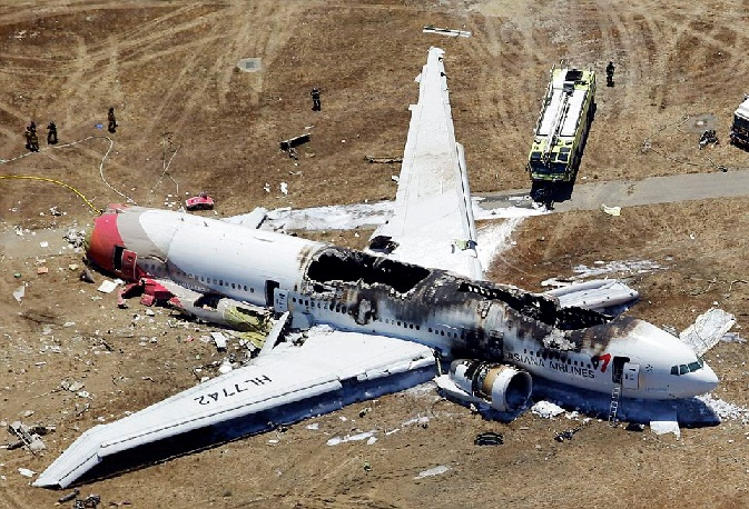 Schianto aereo (foto repertorio)