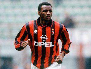 Patrick Vieira con la maglia del Milan