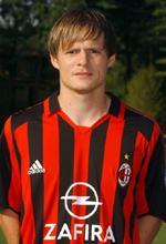 Johann Vogel con la maglia del Milan