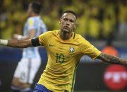 Esultanza di Neymar con la maglia del Brasile